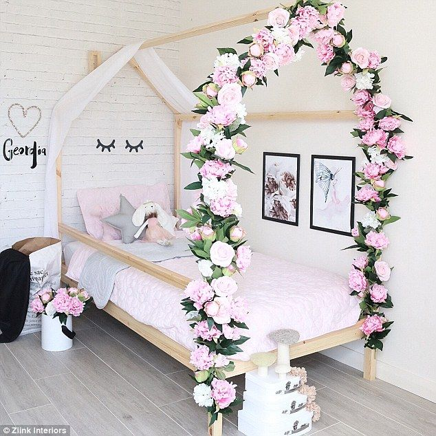 Mom transforms kids's rooms into trendy areas