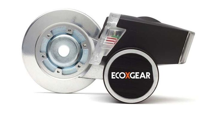 ECOXPOWER Bike Hub Generator Charges Your iPhone As You Ride