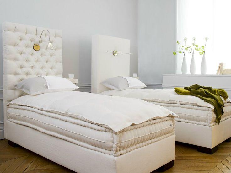 17 mejores ideas sobre matelas sommier en pinterest lit sommier matelas lit avec sommier y. Black Bedroom Furniture Sets. Home Design Ideas
