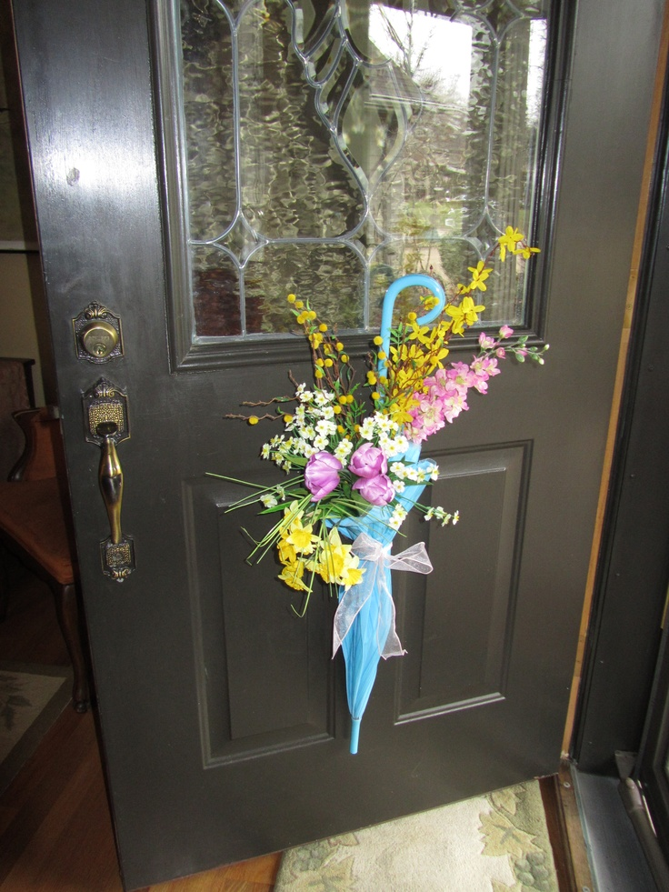 17 best images about umbrella flower wreath on pinterest for 3 wreath door decoration