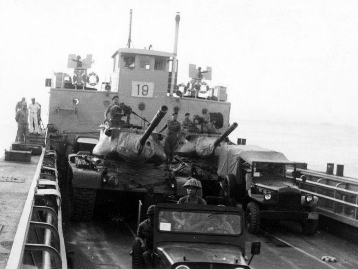 Çakmak Tugayı Bünyesinde Görev Alan Tanklar Çıkarma Gemisinde187