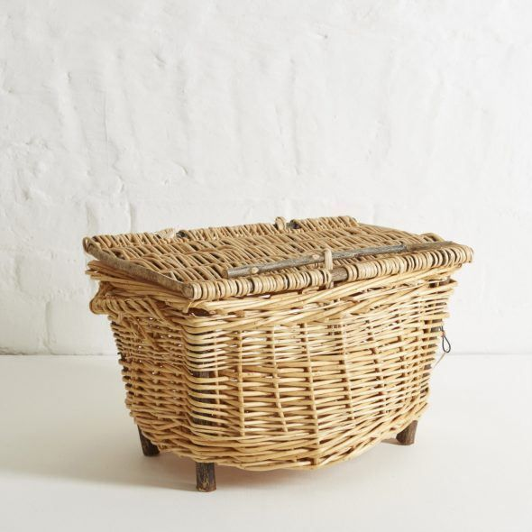 """Devon Maund"" Woven Picnic Hamper (White) 