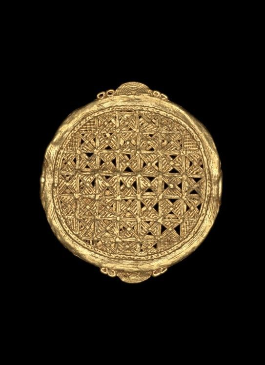 Disc Pendant -  19th century.  Ghana. | © The Trustees of the British Museum