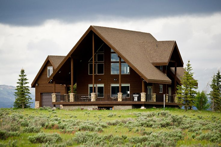 Best 25 yellowstone cabins ideas on pinterest for Yellowstone log cabin hotel