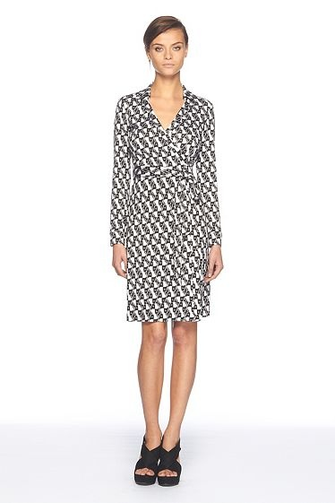 A great wrap dress: Timeless! And with all the traveling I've been doing, it would be so easy to toss this in a suitcase.