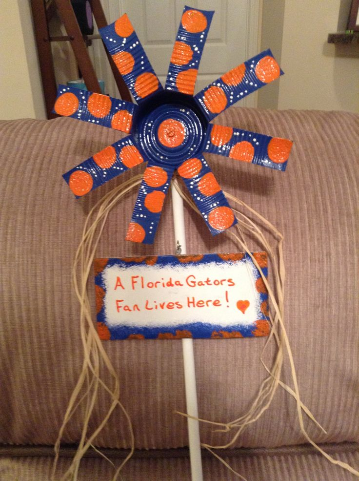 Florida gator tin flower shanna 39 s crafty creations pinterest football signs and tins - Florida gators bathroom decor ...