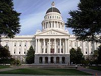 サクラメントにあるカリフォルニア州議会議事堂-カリフォルニア州 - Wikipedia