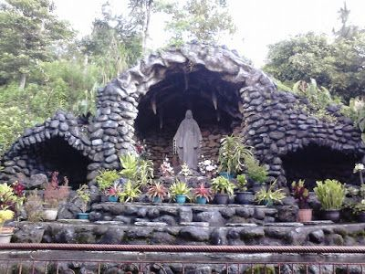 Wisata Religi Kristen Katholik Jogjakarta Yogyakarta & Jawa Tengah: GUA MARIA PERENG - KOPENG SALATIGA