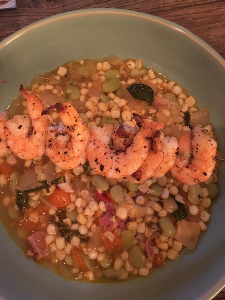 Sweet corn succotash with shrimps (384 calories) #goodnutrition #physicalactivity #goodfood #vegetables #JuicePlus #healthymeal #healthyfood #healthy #health #exercise #eatclean