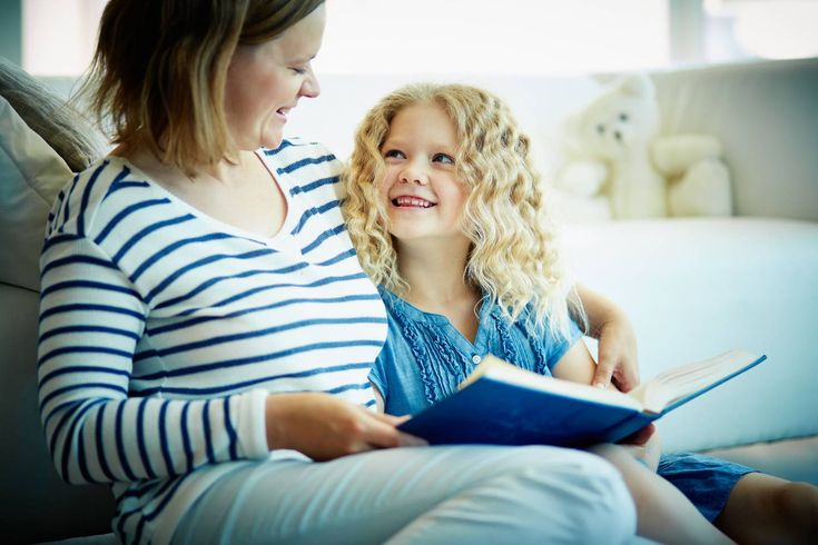 Mi a mese funkciója és hogyan kell jól mesélni a gyerekeknek? Erről kérdeztük dr. Kádár Annamária pszichológust.