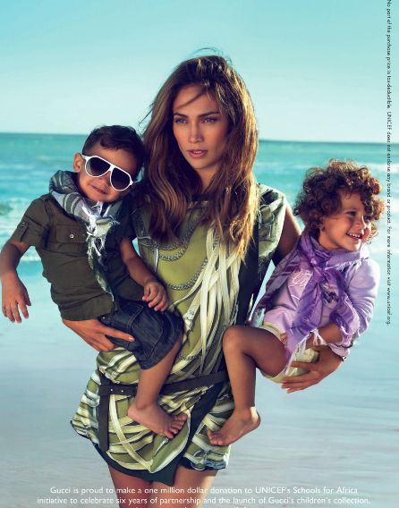 Love her style and her kids are beautiful!