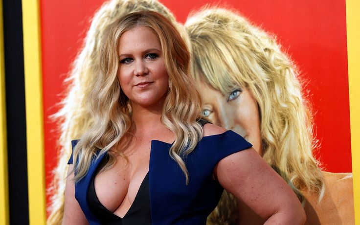 FOX NEWS: Celebrity leaves huge tip for Boston college student at restaurant Comedian Amy Schumer made a servers night after leaving a large tip to help with school costs.