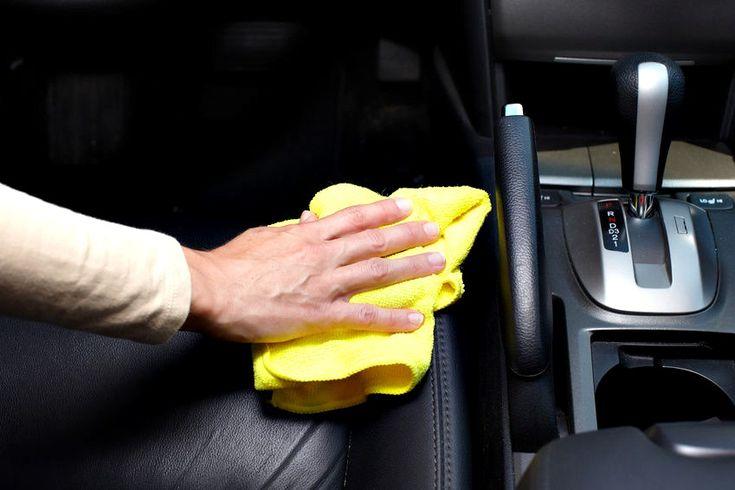 Un autovehicul, ca sa fie un mijloc de transport sigur si confortabil, are nevoie de un motor bine intretinut, sa aiba caroseria si gemurile curate iar interiorul are nevoie sa fie permanent intretinut, motiv pentru care o curatare tapiterie auto este o conditie necesara si obligatorie.  Spalare tapiterie auto Noi, Max Cleaning, ne-am gandit ca este firesc sa ne ocupam si de curatat tapiterie auto, in conditiile in care ne ocupam si de curatarea canapelelor si de curatarea si spalarea…