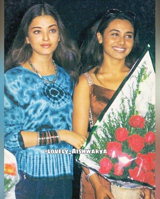 Aishwarya Rai And Rani Mukherjee Bollywood Pictures Vintage Bollywood Rani Mukerji