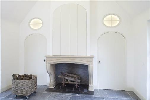 Bourgondisch kruis realisations living room fireplaces