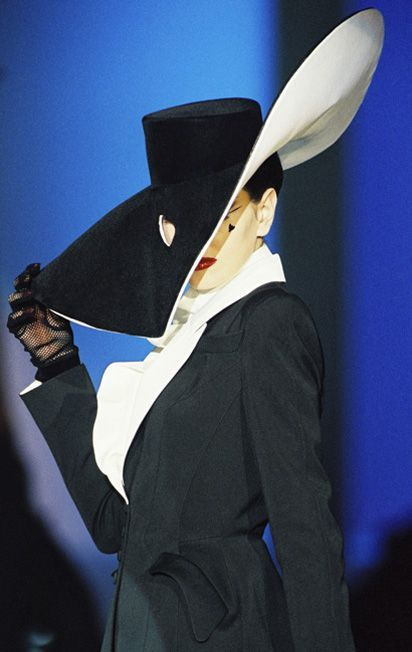 Thierry Mugler Vintage Fashion collection & More Details