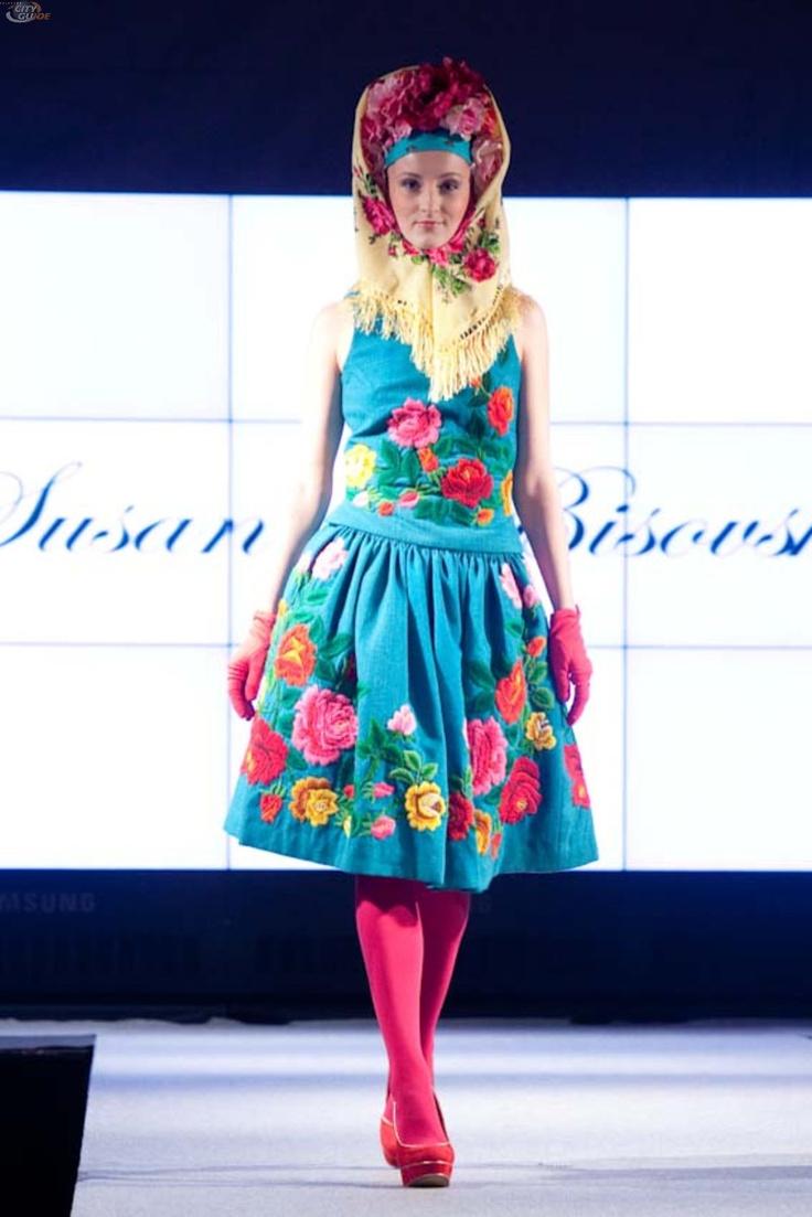 Susanne Bisovsky (Pracht in Tracht / Altstadt Fashion Week 30.08.12)