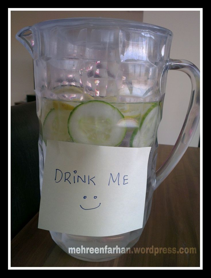 how to make detox water with lemon and cucumber