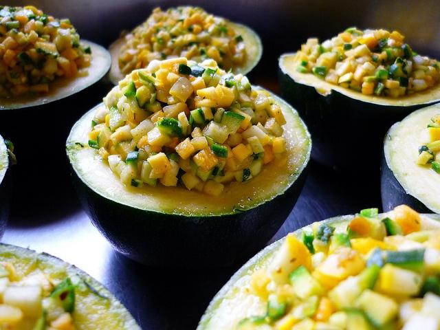 Vegetabls-stuffed Gem Squash (photo by Tuffaha http://www.flickr.com/photos/37713638@N00/)