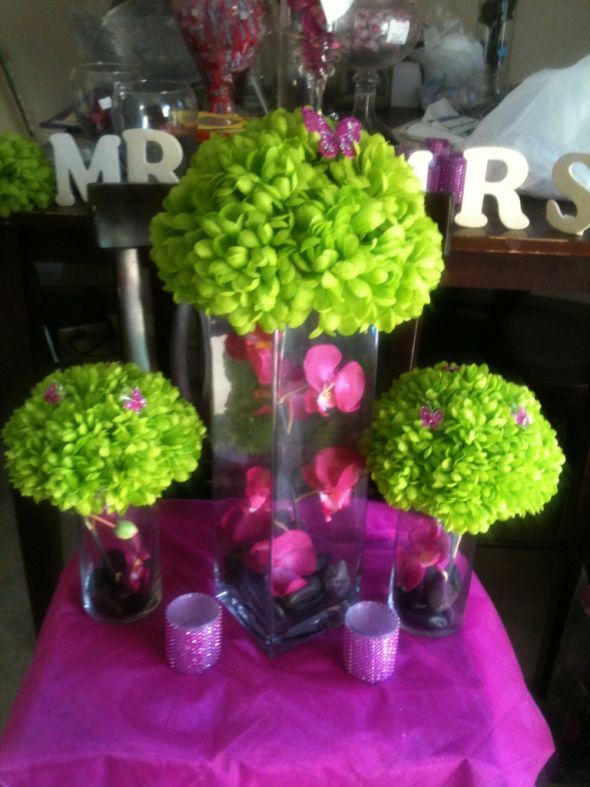DIY Center pieces :  wedding black green pink ceremony flowers diy reception fushia mums lime butterfly IMG 8125