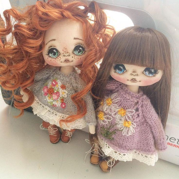 Мои девочки, скоро разъедутся:) еще есть возможность забрать рыжульку, ниже проходит аукцион! #авторскаяработа #авторскаякукла #ручнаяработа #куклаолли #куклаолли #куколка #doll #dolls #artdoll