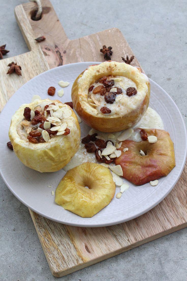 Rezept: Bratapfel mit Vanillesauce {Clean Eating und ohne Zucker}