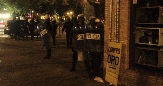 Una detención controvertida causó la batalla campal de las fiestas del Pilar | Madrid | EL PAÍS