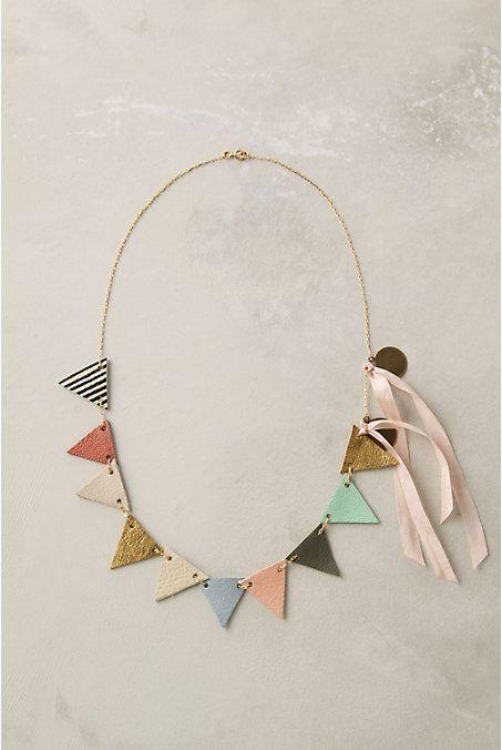 cuir necklace!