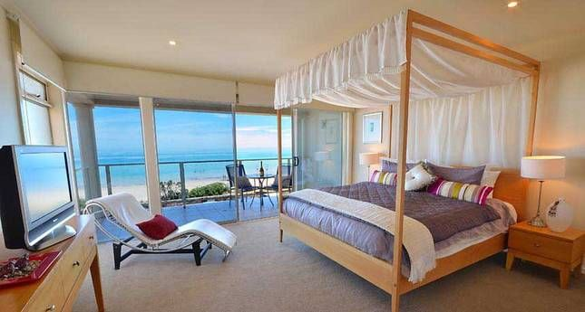 Adelaide Luxury Beach House | Adelaide City, SA | Accommodation