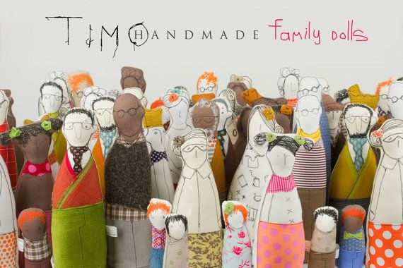 Family portrait mother father and toddler dressed por TIMOHANDMADE