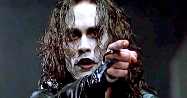 Original 'Crow' Director Thinks the Remake Is a Bad Idea -- Alex Proyas, who directed the 'The Crow', thinks the upcoming remake is 'unnecessary,' and that they should leave Brandon Lee's legacy alone. -- http://movieweb.com/crow-remake-original-director-alex-proyas/