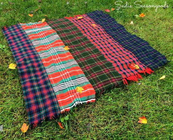 plaid scarves sewn together make a great Autumn blanket! / #tablescape #picnic #tartan #Fall