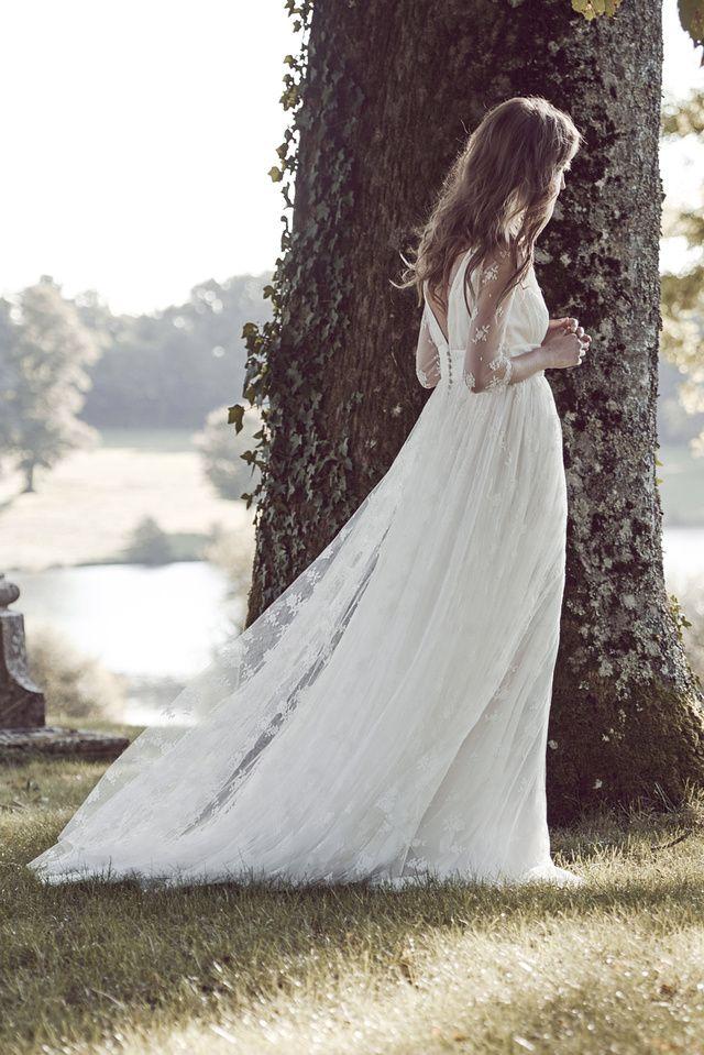 La nouvelle collection de robes de mariée Delphine Manivet 2016   Vogue