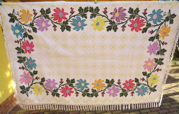 14. Vintage hand embroidered unique tablecloth hand