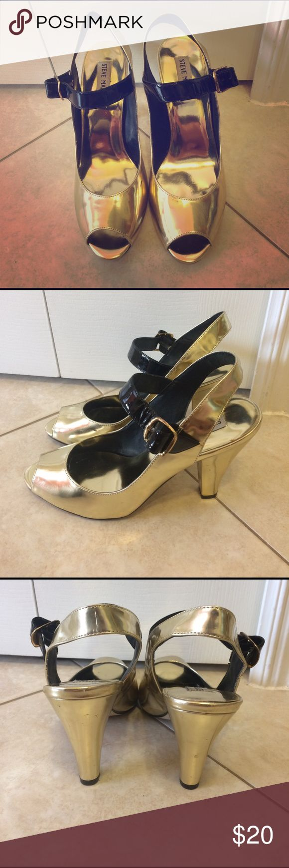 Steve Madden Gold & Black Heels 👠Gold Heels with Black Strap-Steve Madden👠Only Used Once👠Size 9 👠Small Skid Mark as Seen in Display Photo👠$20 OBO Steve Madden Shoes Heels