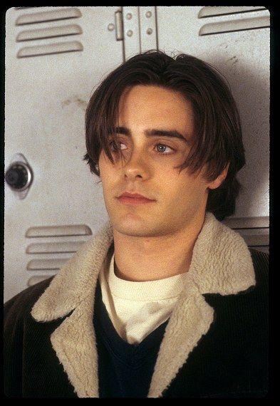 Top Ten '90s Heartthrobs: From Leonardo DiCaprio to Jonathan Taylor Thomas