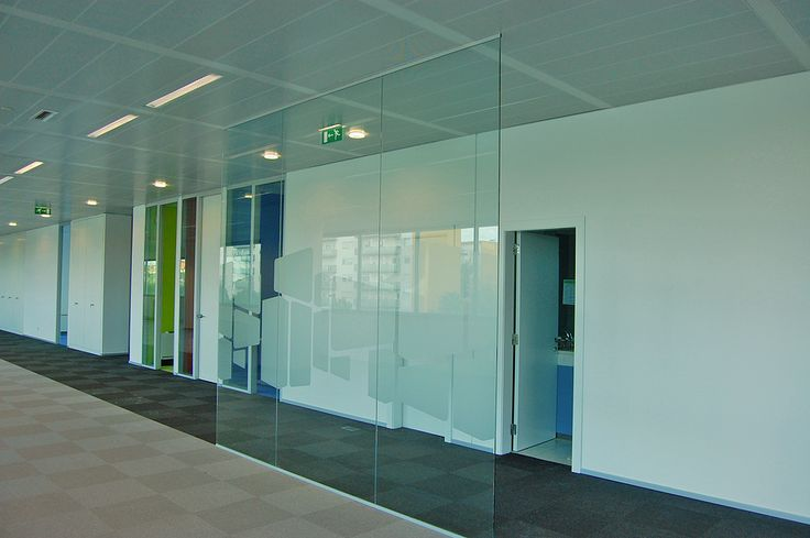 Glass Slim - aesthetic and minimal partition solution
