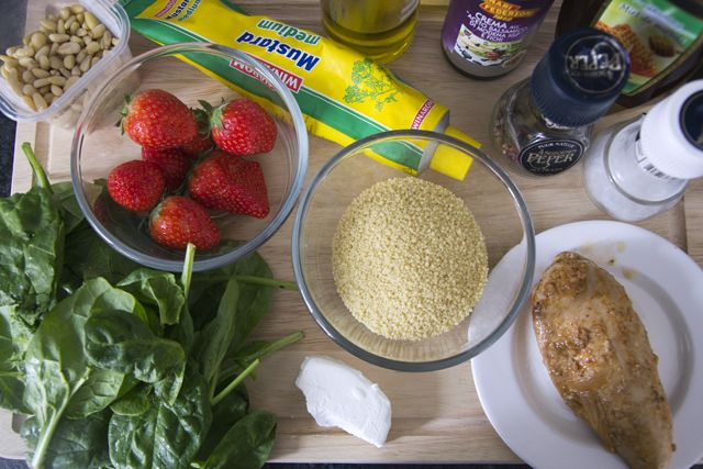 Aardbei-spinazie salade
