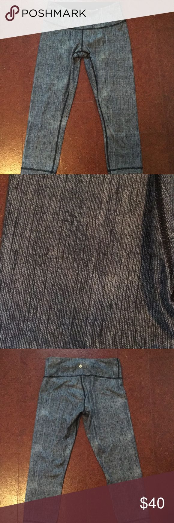 LULULEMON Blue and White Leggings Perfect condition   Size 6 Only worn 2 times lululemon athletica Pants Leggings