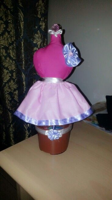 Added to my DIY collections dress form pincushion.♡:)