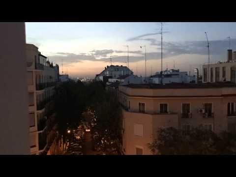 Amanecer en Madrid timelapse con iPad Air 2 - YouTube
