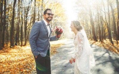 """Blogreihe moby.cards – events: Hochzeit steht an!  Eure Hochzeit – ein Traum wird wahr. Wenn Ihr Euch entschlossen habt zu heiraten, ist der wichtigste Schritt auf dem Weg in ein gemeinsames Leben getan. Wer den """"schönsten Tag des Lebens"""" tatsächlich in seiner ganzen Bandbreite ausrichten und organisieren möchte, sollte sich hierfür etwa ein ganzes Jahr lang Zeit nehmen."""