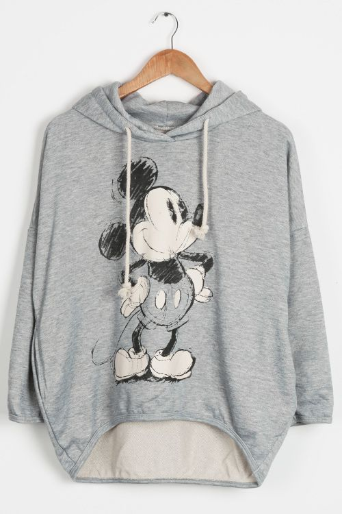 You not only need a super comfy sweatshirt in the cold temps but you need a cute one as well!! It's so warm with that thick material and classic cartoon printing pattern! You are going to be so pleases you got this one!