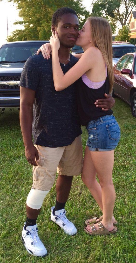 Black guy and white girl — img 9