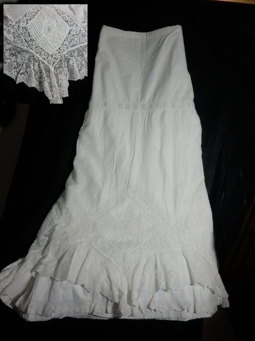 Online veilinghuis Catawiki: A lovely handmade batiste and cotton petticoat , Spain, early 20th century
