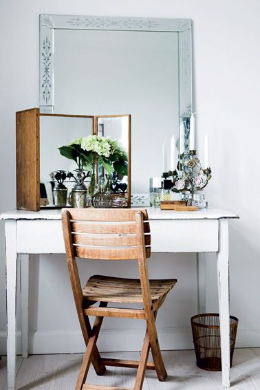 Dk A Dressing Table Is Best When Dressed Up With Elegant Accessories