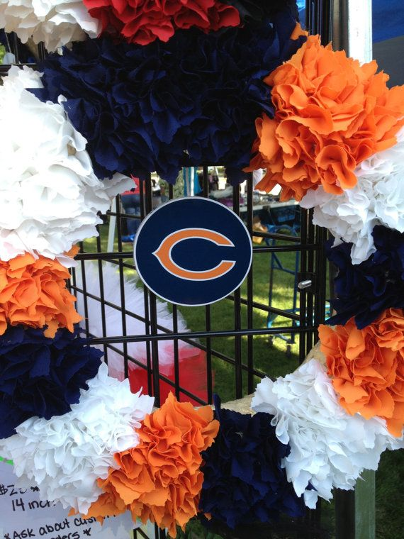 Chicago Bears Wreath. Need to do this with raider colors for front door