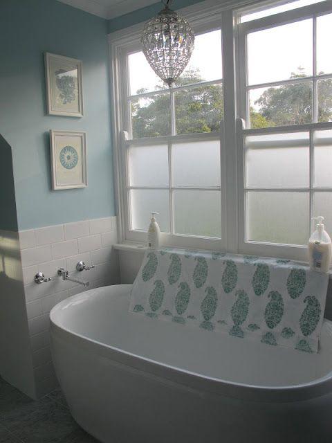 17 best images about sticky vinyl fablon window and privacy film on pinterest vinyls cricut - Decorative windows for bathrooms ...