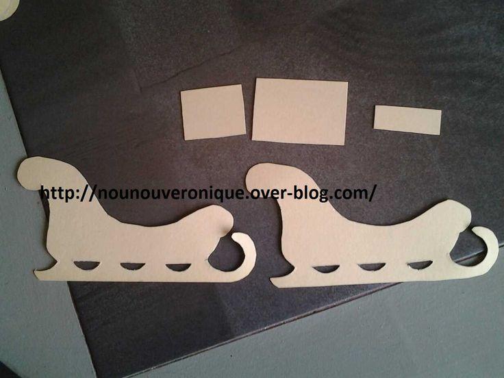 Pour ma table de reveillon de Noel, j'ai fabriqué des taîneaux marque place. Dessinez les différente pièce du traîneau sur du carton puis découper les. Coller avec de la colle à chaud puis les bomber avec des la peinture argent et or. Coller ensuite des...