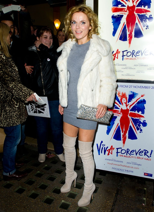 Le look de Geri Halliwell à la comédie musicale Viva Forever !